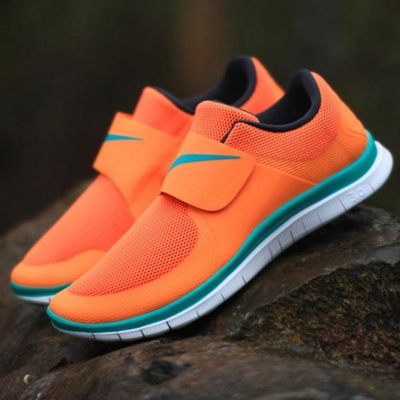 best service 3995e c97f7 Nike Free SocFly Orange Citrus Sneakers